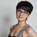 Zara Duranni, Host